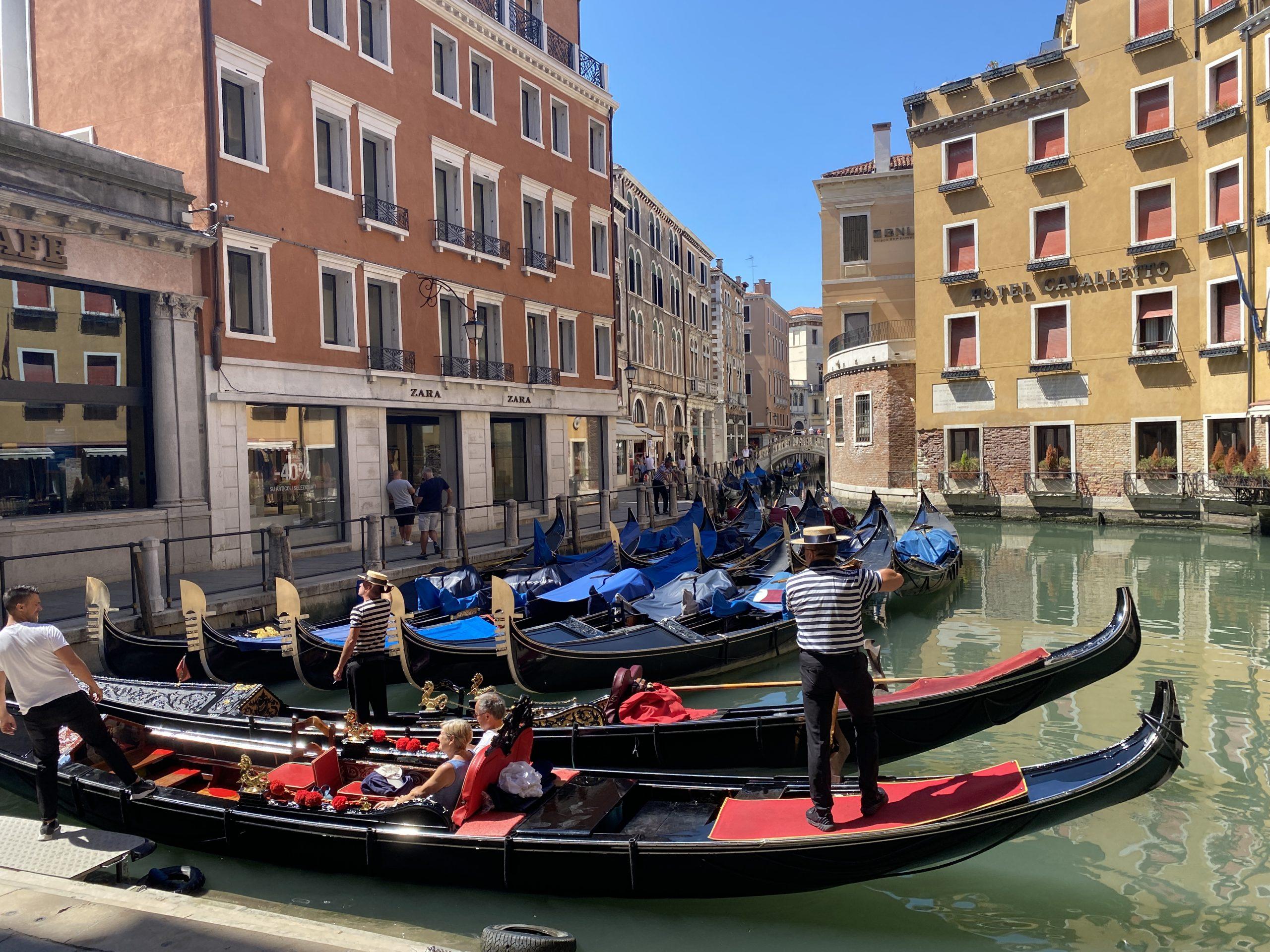Venedig - Gondelbahnhof